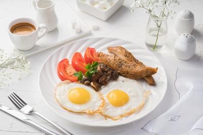 Сніданок з куркою