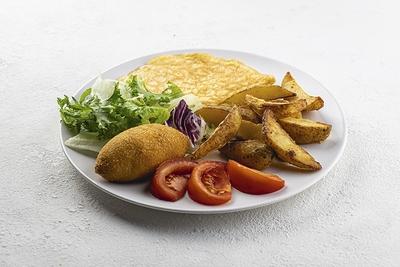 Сніданок кіївський з запеченою картоплею та омлетом