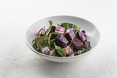 Салат з фетою та буряком
